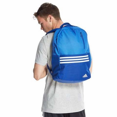 ADIDAS VERSATILE 3 STRIPES BACKPACK4