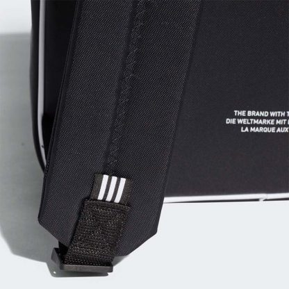 balo adidas classic 2